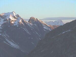 Au fond, le Mont Blanc
