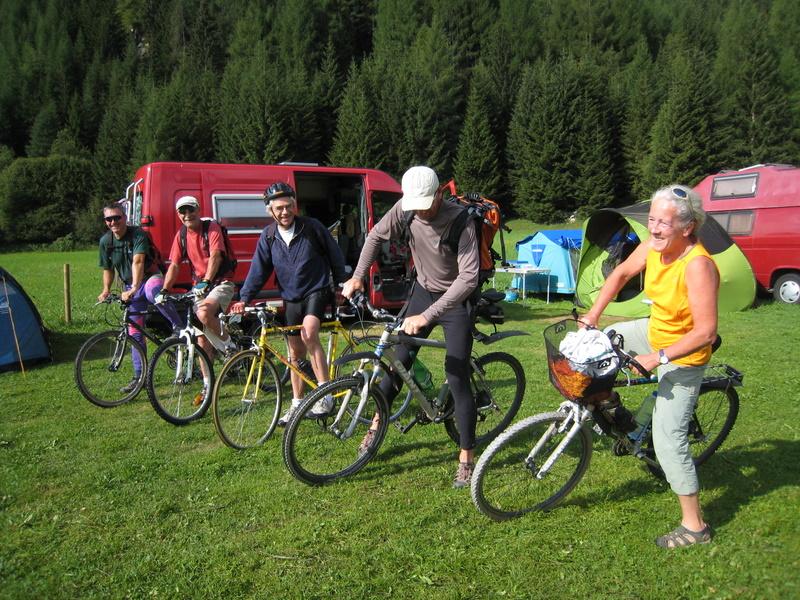 """Camping, déplacements en vélo, la recette des voyages au budget """"serré"""""""