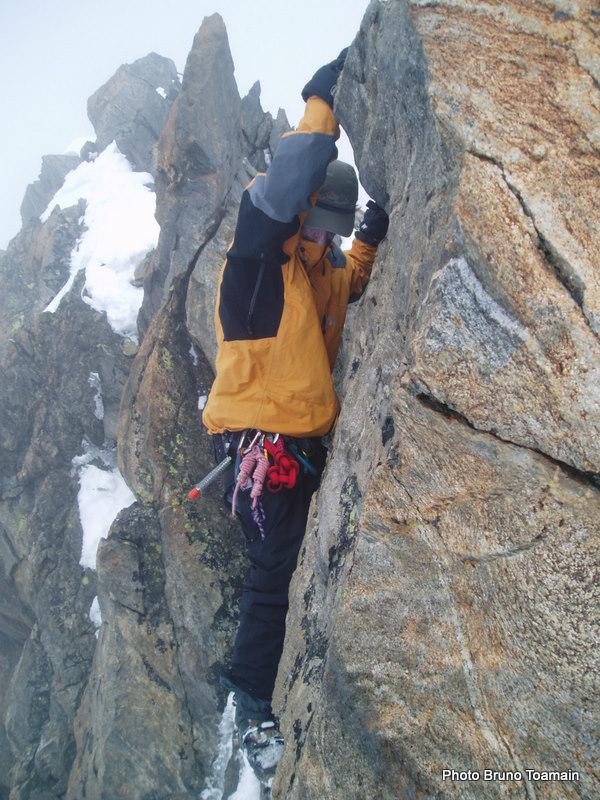 """Euh... sur le topo c'était écrit """"Atteindre le sommet par des rochers faciles""""... ???"""